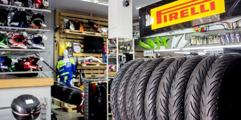 Prédio Loja Indy Moto Peças Caxias do Sul - Capacetes Luvas Jaquetas Pneus - Caxias do sul Loja de moto peças
